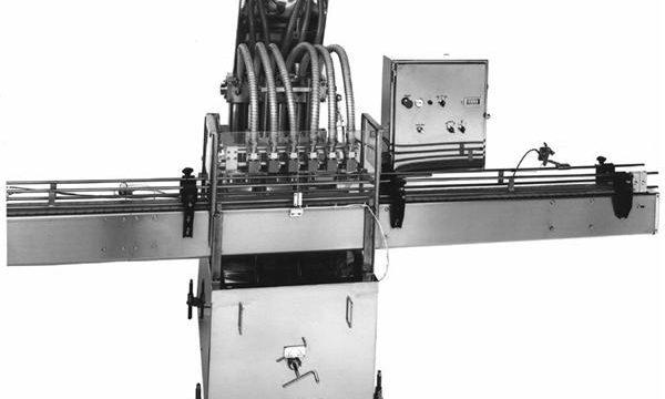 מכונת מילוי שמן ירקות מבוקרת PLC